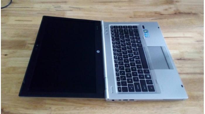HP EliteBook 8460p 2520M/4G/320G/14'