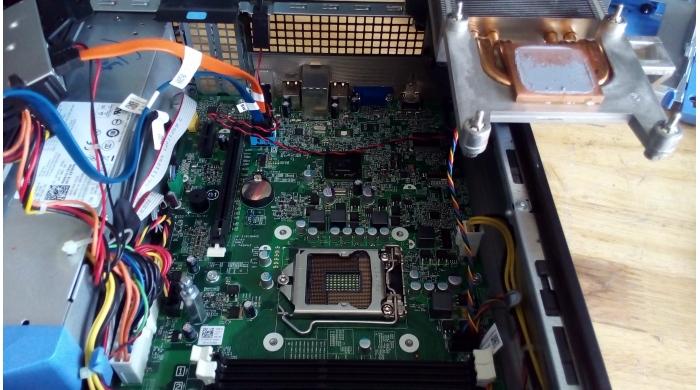 Dell 390 SFF i3-2120/4G/250G/DVDRW/HDMI