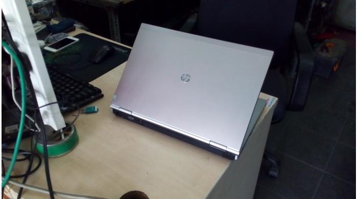 HP EliteBook 8470P i5-3320/ 4G / 250G/ 14'